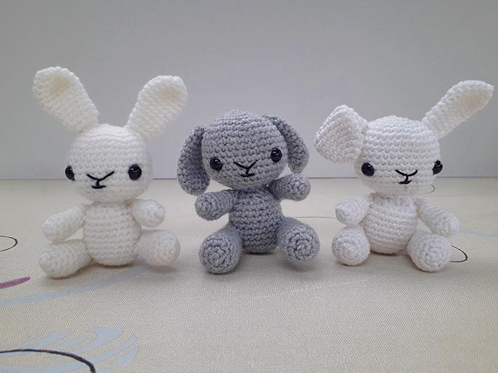 Comment faire un mini lapin au crochet facile et rapide ( pâques ... | 532x709